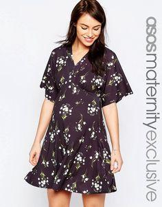 Super fede ASOS Maternity Kimono Dress in Ditsy Floral Print - Multi ASOS Maternity Swing Kjoler til Damer til hverdag og til fest