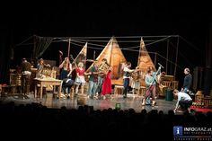 """Der Argentinische #Künstler und #Regisseur des legendären Circus Klezmer Adrian Schvarzstein ließ sich in der neuesten Inszenierung der """"Zirkusgeschichten in Graz"""" durch die Gemälde der #Breughels inspirieren und versinnbildlichte die vier Jahreszeiten durch das Zusammenspiel Barocker Livemusik, zeitgenössischer Zirkuskunst und den Einsatz eines internationalen Ensembles, bestehend aus #Musikern, #Schauspielern, #Akrobaten und #Artisten."""