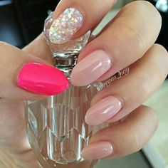 Pretty in pink nail art Mais