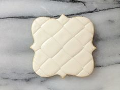 A brief how-to on the tufted cookie. (So THAT's what it's called--been wanting to know how to do this!)