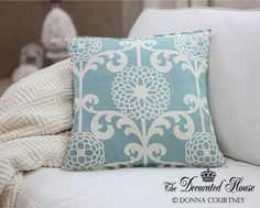 The Decorated House: ~ How To Make a 5 Minute Pillow ... Maybe 10 Mins.