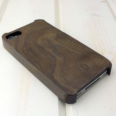 Carved iPhone 4/4S Case in Walnut