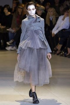 Comme des Garçons Spring 2007 Ready-to-Wear Fashion Show - Anna Mikhaylik
