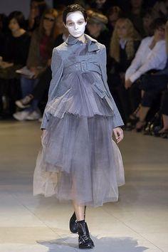 Comme des Garçons Spring 2007 Ready-to-Wear Fashion Show - Anna Mikhaylik