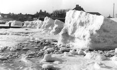 Frozen sea at Bognor Regis 1963 Seaside Resort, Seaside Towns, Beaches Nearby, Bognor Regis, Old Cottage, Good Ole, Local History, Brighton, Places Ive Been