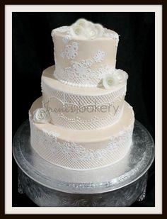 Irene's Bakery - El-Paso-area Cakes - Edible lace wedding cake