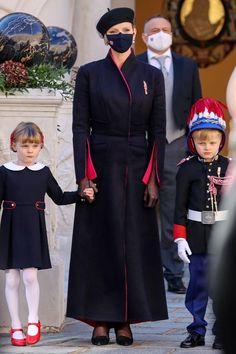 Beatrice Borromeo, Dolly Parton, Kate Middleton, Grace Kelly Wedding, Prince Albert Of Monaco, Royals, Princesa Carolina, Prince Rainier, Charlene Of Monaco