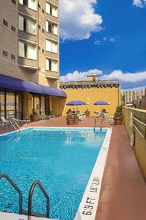 Rooftop pool at Holiday Inn Express Midtown in Philadelphia