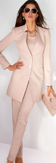 TRENDS IN BLAZERS- WOMEN'S FASHION 2013