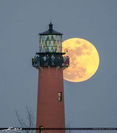 Jupiter Lighthouse Full Moon People Watching