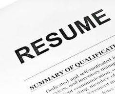 Job Job Resume  Resume Makers are a wonderful tool to use to help build your resume. There are several Resume Maker sites that can be used to help with all facets of your resume. There are many advantages of using a Resume Maker. The first advantage would be that Resume Makers provide you with the correct templates to help make your resume. #resumehelp Resume Review, Resume Summary, One Page Resume, Resume Writing Tips, Resume Writer, Resume Tips, Resume Help, Job Resume, Chef Resume