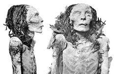 The remarkably preserved body of Queen Nofretari,