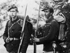 american-civil-war-soldiers. These men are probably the 22nd NY state militia armed with model 1841 Mississippi rifles.