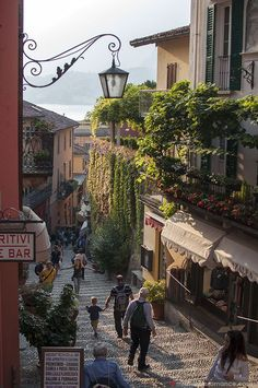 Lake Como, Italy – the place of romance and dreams Italy Street, Streets Of Italy, Places To Travel, Places To Visit, Comer See, Lake Como Italy, Italy Summer, Living In Italy, Vintage Italy