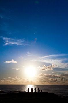 Rapa Nui (Easter Island)- my dream destination where you can sail, surf, ride horses, Beautiful Sky, Beautiful Scenery, Amazing Places, Beautiful Places, Easter Island Moai, Heaven On Earth, Sunrises, Wonders Of The World, South America