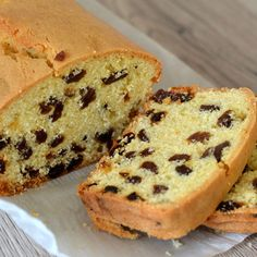 Sometimes it's the most simple of cakes that has the biggest impact. And this delicious Sultana Cake is definitely one of those. Best enjoyed with a cup of tea and good company! Golden Syrup Cake, Sultana Cake, Raisin Cake, Buckwheat Cake, Fruit Slice, Angel Cake, Food Cakes, Fruit Cakes, Loaf Cake