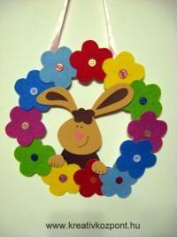 Húsvéti pályázat - Filcvirágos-nyuszis ajtódísz