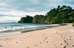 Where: Guanacaste Pacific CoastBusy white-sand Playa Flamingo is ideal for swim­ming and sunning.Pla... - Playa Flamingo