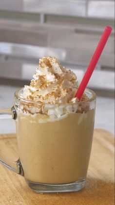 Pumpkin Spice Latte Milkshake. https://www.facebook.com/buzzfeedtasty/videos/1625689834350326/