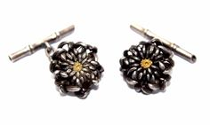 "Vtg JAPAN Modernist Sterling Silver & Gold CHRYSANTHEMUM FLOWER CUFFLINKS, 0.75"" diameter, bamboo stick is 1"".  eBay, listed at $299, Best Offer Accepted 11/10/15"
