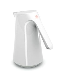 Details we like / Kettle / Line follows into handle / Smooth Surface / On Off Switch