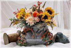 www.basiabartoszewicz.pl Wreaths, Fall, Flowers, Home Decor, Autumn, Decoration Home, Door Wreaths, Fall Season, Room Decor