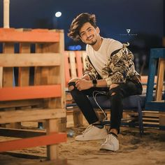 Faisu smile is just killer How To Look Handsome, Handsome Boys, I Miss You Cute, Cute Boy Photo, Dear Crush, Instagram Funny, Photography Poses For Men, Cute Stars, Boys Dpz