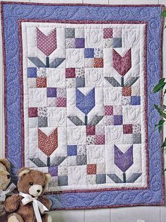 """SEWING PATTERN Field of Flowers Tulips Pieced Quilt 25"""" x 31"""" UNUSED PATTERN #FourCorners"""