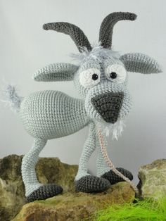 Gus the Goat by IIDikko - Crochet goat. (Pattern available to purchase).