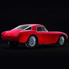 The unique #Maserati A6 GCS Berlinetta is featured in this year's @SalonPriveUK. Unmissable. #salonprive #salonprive2016