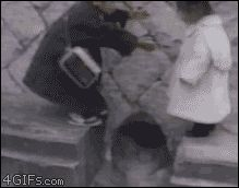 Faith in humanity restored (click through for animated GIF) Cutest thing in the world! Video Humour, Gif Humour, Funny Humor, Brother And Sister Love, True Gentleman, Gentleman Style, Faith In Humanity Restored, Gif Animé, Animated Gif