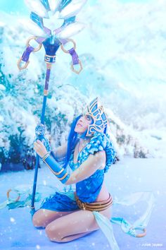 Janna Frost Queen from League of Legends Cosplay http://geekxgirls.com/article.php?ID=7903