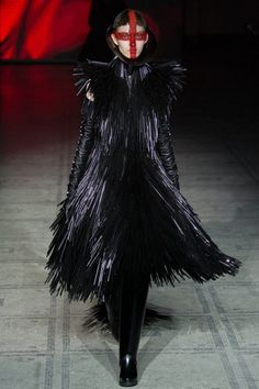 Gareth Pugh Fall : Winter 2015 RTW on Haute Macabre