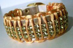 Pulseira fivela dourada em macramê - couro - strass swarovski amarelo R$ 49,90