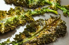 Knasende sprø og god grønnkålchips, kan anbefales på det varmeste. Broccoli, Vegetables, Food, Essen, Vegetable Recipes, Meals, Yemek, Veggies, Eten