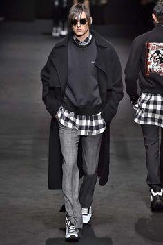 Versace Milan Menswear Fall Winter 2017, desfile masculino, tendencia masculina, inverno 2017, winter 2018, alex cursino, blog de moda, moda sem censura (37)