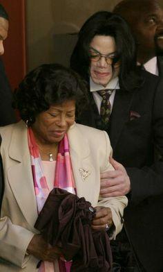 ♥ Michael Jackson ♥ & mom Katherine