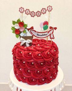 Topper do bolo produzido por Mônica Guedes