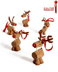 A herd of cork reindeer kids crafts Easy Christmas Crafts, Noel Christmas, Christmas Projects, Winter Christmas, All Things Christmas, Christmas Decorations, Christmas Ornaments, Reindeer Ornaments, Reindeer Craft