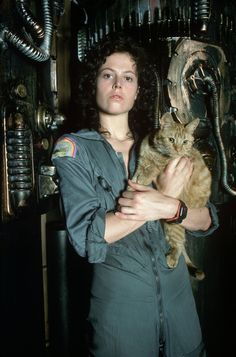 CBCC Auction:  No cats. No aliens. Just lots of costumes and fun.   Ripley. Saving Jonesy. Alien. '79.
