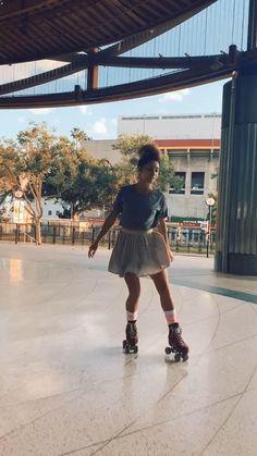 Roller Skate Shoes, Quad Roller Skates, Outdoor Roller Skates, Indoor Roller Skating, Tony Hawk Shoes, Outdoor Skating, Foam Roller Exercises, Skate Gif, Inline Skating