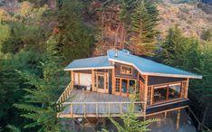 Galería de Casa en la punta del cerro / Lotecircular - 1 Prefab Homes, Cabin Homes, Log Homes, Thai House, Cottage Plan, Sims House, Cabins And Cottages, House Layouts, House Goals