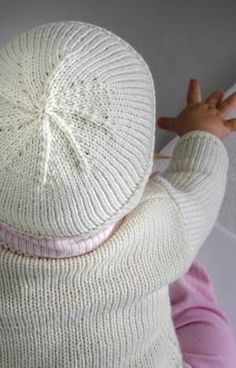 Knitting For Kids, Baby Knitting, Baby Sweaters, Chrochet, Diy Baby, Baby Booties, Baby Hats, Alter, Designer Baby