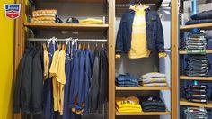..quando hai bisogno dell'energia del sole, e il sole non c'è, puoi guardare anche dentro il tuo armadio (o venire alla tua Jeans Community a farne scorta ) #jeans #community #outlet #vertemate #regali #regalidinatale #sole #inverno #newcollection #levis #franklinANDmarshall #blu #denim #denimaddicted #fashion #fashionaddicted
