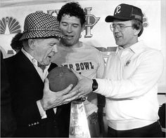 Jack Kent Cooke, John Riggins and Joe Gibbs (I had the pleasure of meeting Mr. He and I shared the same barber and I sat while he got his hair cut and we all chatted - he was very cool) Redskins Football, Redskins Fans, Football Team, Washington Redskins, Washington Capitals, Washington Dc, Football Is Life, Football Season, Redskins Pictures