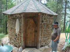 See the website above press the highlighted tab for further choices . Outdoor Toilet, Outdoor Sauna, Outdoor Fire, Cordwood Homes, Sauna House, Traditional Saunas, Sauna Design, Home Structure, Small Outdoor Spaces