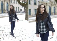 Black Leather Casual (by Olympia C) http://lookbook.nu/look/4591239-Black-Leather-Casual