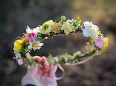 magaela / Venček Ale, Floral Wreath, Challenge, Wedding Ideas, Wreaths, Mood, Night, Flowers, Handmade