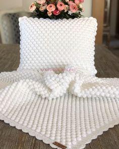 Plaid Crochet, Crochet Baby Boots, Crochet Beanie Pattern, Love Crochet, Baby Blanket Crochet, Crochet Motif, Baby Knitting Patterns, Crochet Yarn, Crochet Stitches For Beginners