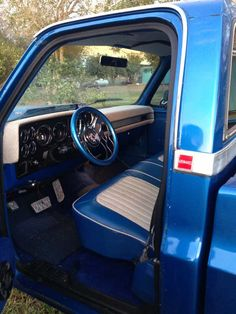New member 85 swb gmc C10 Trucks, Chevy Pickup Trucks, Chevy Pickups, Chevrolet Trucks, Chevrolet Silverado, Chevrolet Blazer, Custom Car Interior, Truck Interior, 1985 Chevy Truck